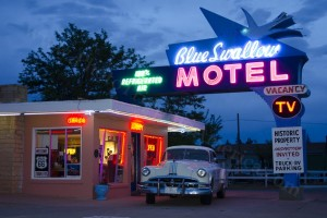 Blue Swallow Motel on Route 66 - Photo Tripping America